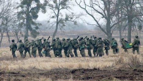 Rusia retira batallón de infantería motorizada de la frontera con Ucrania.