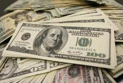 Rusia puede dejar de utilizar el dólar norteamericano para el pago de sus exportaciones petroleras.