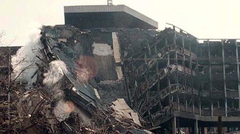 © REUTERS Ruinas de Belgrado, abril 1999.
