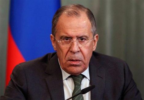 El canciller ruso Serguei Lavrov, reiteró hoy la propuesta de Rusia de analizar en formato multilateral una solución pacífica a la crisis en Ucrania, pero insistió en la presencia de representantes políticos de las regiones.