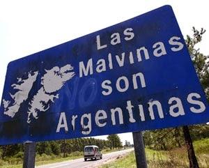 Cartel ubicado en la ruta 136, cerca de la ciudad  de Gualeguaychú, Entre Ríos.