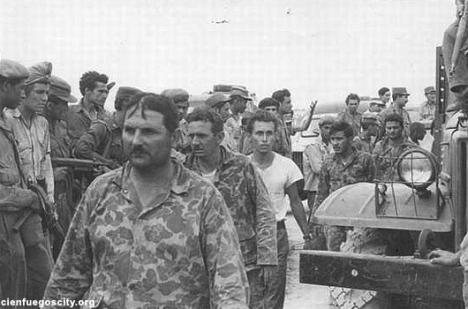 Mercenarios capturados en Girón. Foto Archivo.