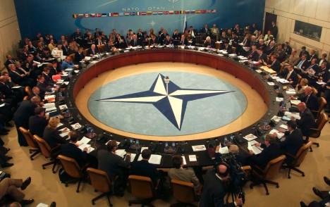 En sus 65 años de existencia la OTAN no ha llevado la Democracia, sino muerte y destrucción a numerosos países.
