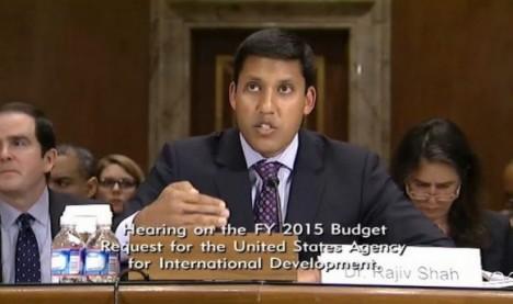 Rajiv Shah eludió las preguntas del senador demócrata Patrick Leahy, quien llamó tonto al proyecto contra Cuba.