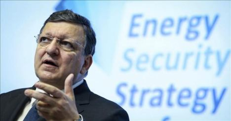 El presidente de la Comisión Europea, José Manuel Durao Barroso, pronuncia un discurso durante una conferencia sobre seguridad energética en la Unión Europea (UE). Foto: EFE/Olivier Hoslet.