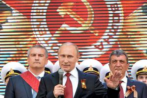 El Kremlin mantuvo en secreto la visita de Putin a Crimea hasta el último momento. Foto: AFP.