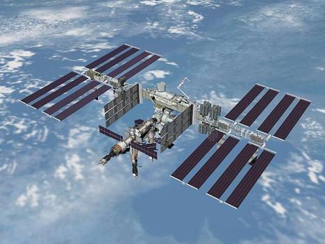 Rusia adopta represalias contra EE.UU. en la cooperación espacial, en particular la Estación Espacial Internacional, un proyecto valorado en 100 mil dólares.