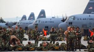 En la gráfica tropas norteamericanas en Polonia para maniobras militares.  Ahora toca el turno a Ucrania.